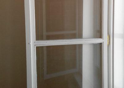 lakované křídlo okenní